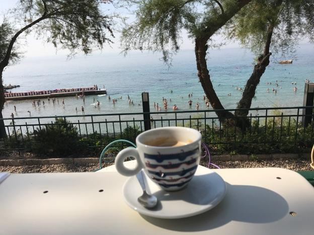 Café Dvor