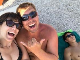 Matt et Matt qui dort sur la plage